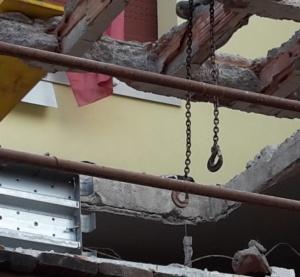 vuoti-dove-cera-lucernario-sostituito-da-cemento